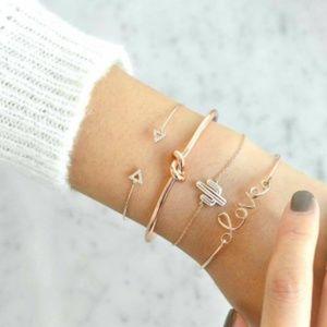 Jewelry - Love Cactus Rhinestone Bangle Bracelet Set